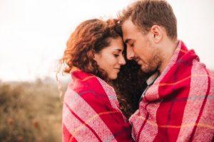 casal feliz sucesso casamento